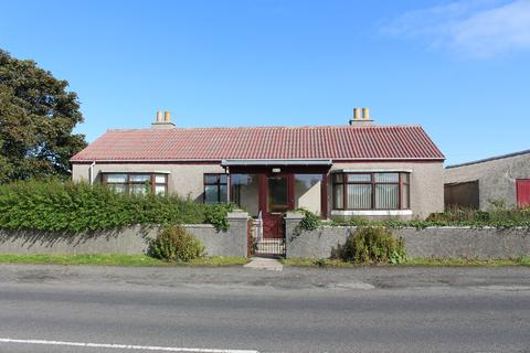 3 bedroom detached bungalow - Ballochmyle, Deerness Road, Kirkwall, Orkney KW15 1SW