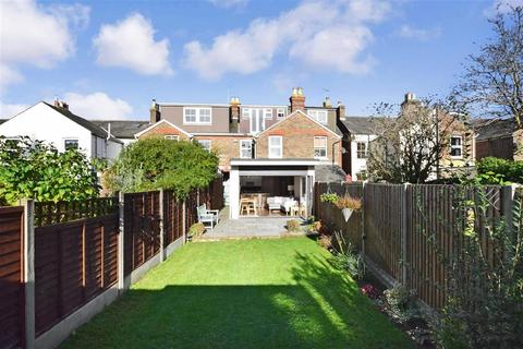 3 bedroom terraced house for sale - Grove Road, Chichester, West Sussex