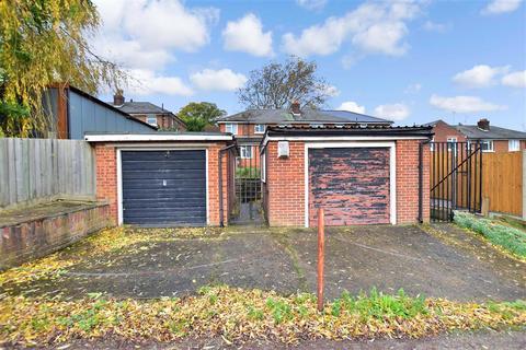 5 bedroom semi-detached house for sale - Laurel Road, Gillingham, Kent
