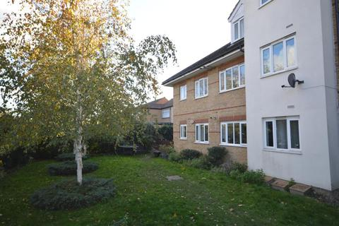 2 bedroom apartment for sale - London Road, Romford, Essex, RM7