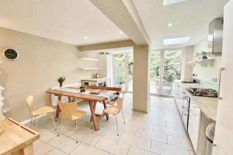 4 bedroom terraced house to rent - Cunnington Street, Chiswick W4