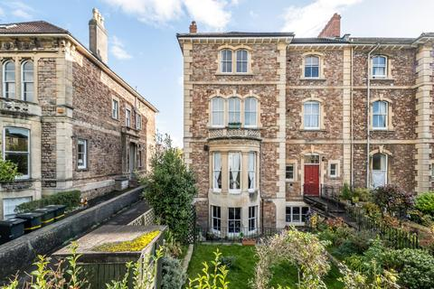 3 bedroom apartment - Apsley Road, Clifton, Bristol, BS8