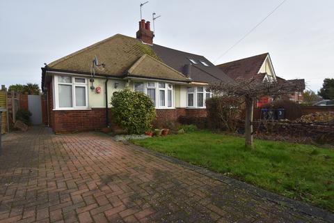 2 bedroom semi-detached bungalow - Grange Road, Broadstairs, CT10