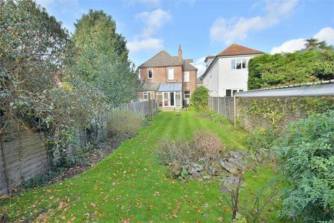 3 bedroom flat for sale - Richmond Wood Road, Queens Park, Bournemouth