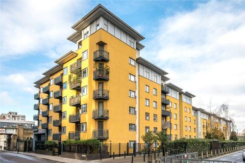 2 bedroom flat to rent - Cremer Street, Hackney, London, E2