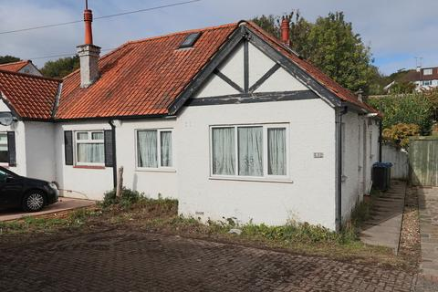 3 bedroom semi-detached bungalow - Chipstead Valley Road, Coulsdon