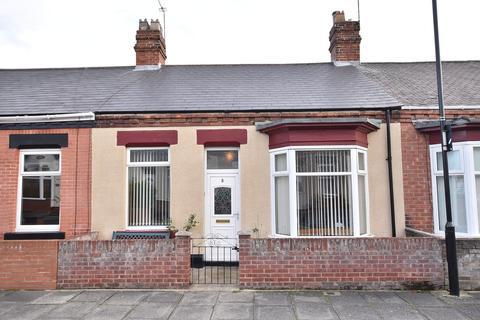 3 bedroom terraced bungalow - Hartington Street, Roker