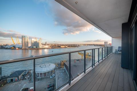 3 bedroom apartment for sale - Horizons Tower, 1 Yabsley Street, Canary Wharf, E14