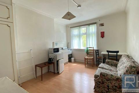 Studio to rent - East End Road, East Finchley, London, N2