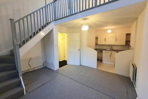 1 bedroom semi-detached house to rent - Brandon Way, Kingswood