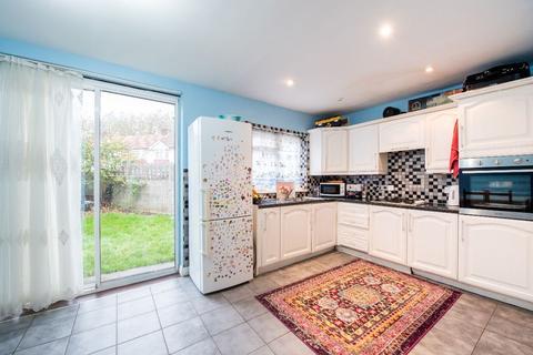 3 bedroom semi-detached house for sale - Crescent Road, London