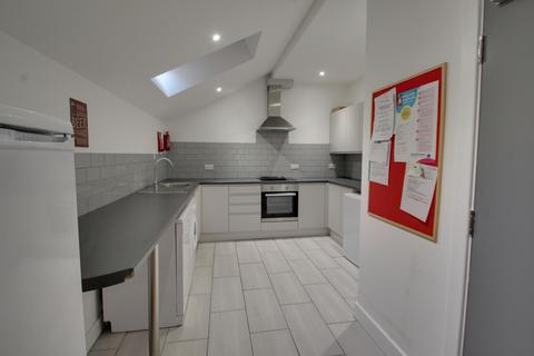 4 bedroom apartment to rent - Braunstone Gate, Leicester