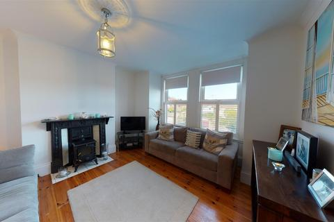 3 bedroom terraced house for sale - Approach Road, Broadstairs