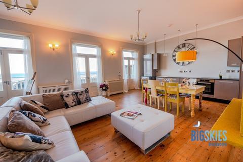 2 bedroom apartment for sale - Promenade, Cromer, NR27