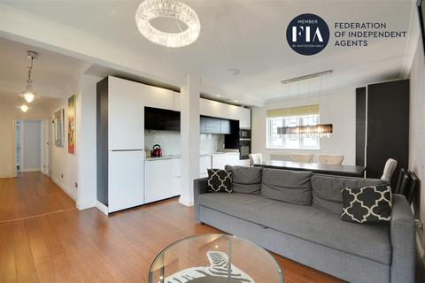 3 bedroom apartment - Longfield House, Uxbridge Road, Ealing