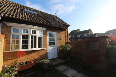 1 bedroom house - Tysoe Court, Minster On Sea, Sheerness