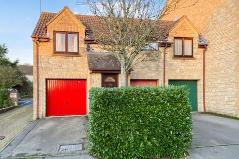 1 bedroom coach house for sale - Hanstone Close, Cirencester, Gloucestershire, GL7