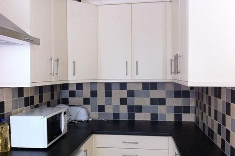 4 bedroom house share to rent - Beeston Road (D), Dunkirk, Nottingham, Nottinghamshire, NG7