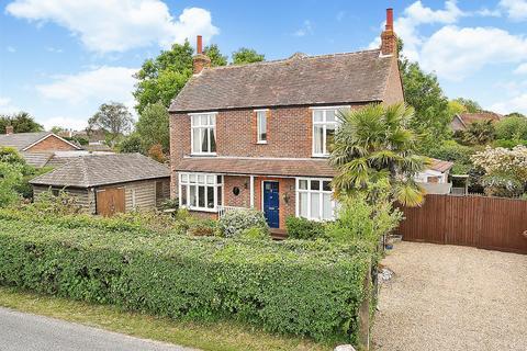3 bedroom detached house for sale - Sidlesham Lane, Birdham, Chichester