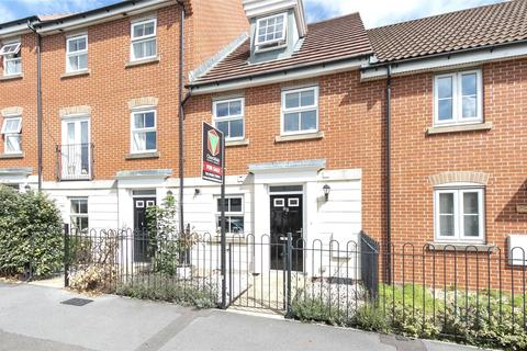 3 bedroom terraced house for sale - Malmesbury Park Road, Charminster, Bournemouth, BH8