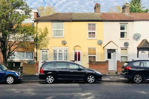 2 bedroom cottage to rent - London Road,  Staines-upon-Thames,  TW18