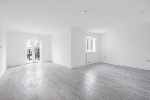 2 bedroom flat for sale - Sunbury-On-Thames,  Middlesex,  TW15