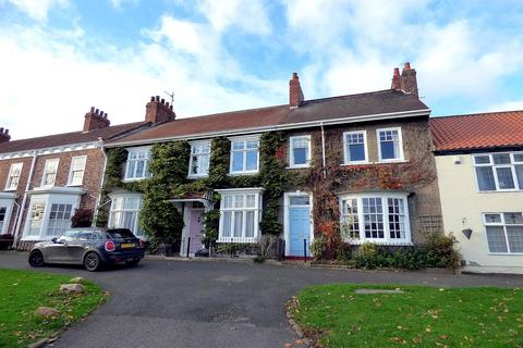 3 bedroom terraced house for sale - The Green, Norton, Stockton-On-Tees, TS20