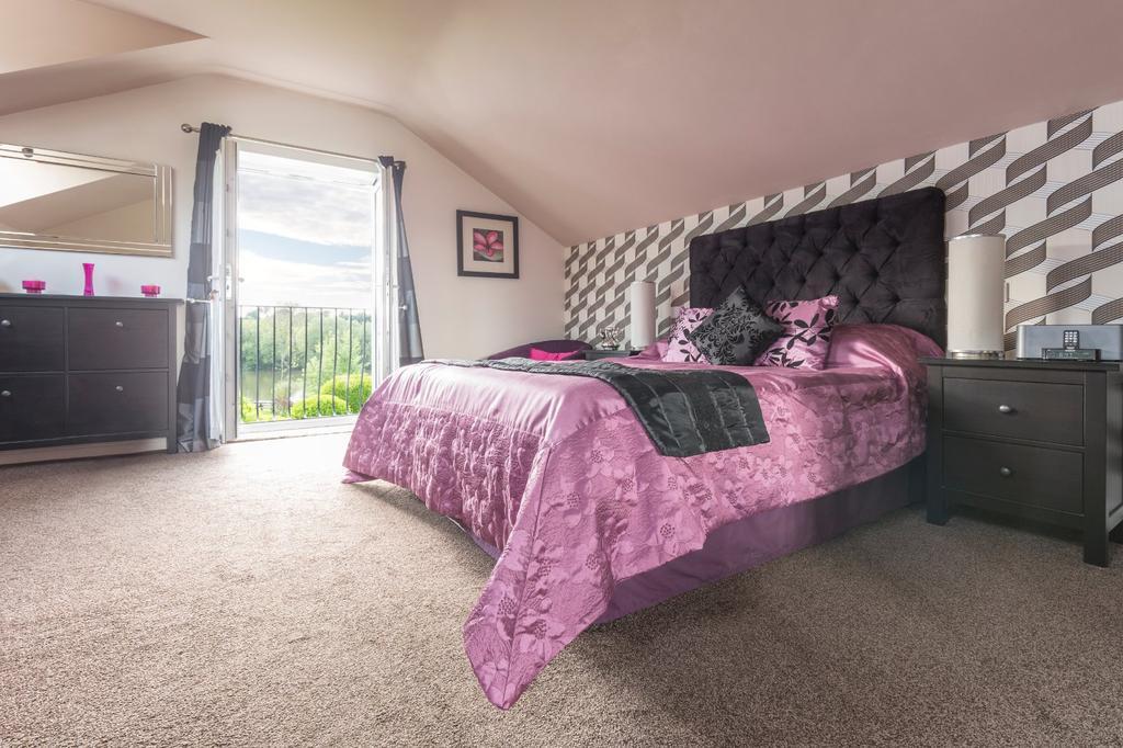 Ty Menyn Bedroom