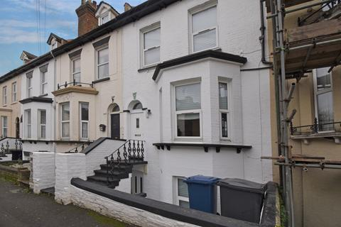 House share to rent - St. Marys Road Strood ME2