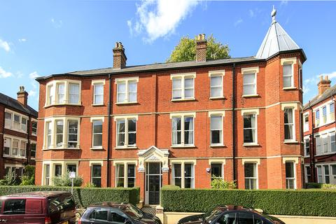 4 bedroom apartment to rent - Balmoral Mansions, Clevedon Road, East Twickenham TW1