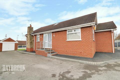 3 bedroom bungalow for sale - Wharf Close, Swinton