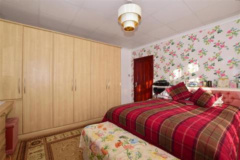 5 bedroom semi-detached house for sale - Sydenham Road, Croydon, Surrey