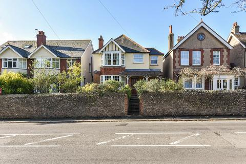3 bedroom detached house for sale - Broyle Road, Chichester