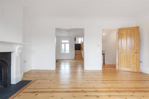 3 bedroom flat - Hornsey Park Road, London, N8