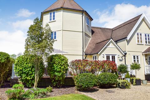 3 bedroom end of terrace house for sale - 61 Isis Lake, South Cerney, GL7 5TL