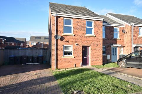 3 bedroom end of terrace house to rent - McCormick Close, Bowburn