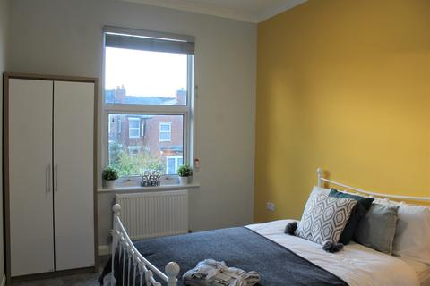 1 bedroom house share to rent - Room 5, Sir Thomas Whites Road