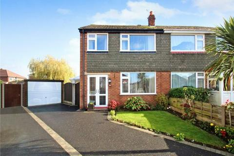 3 bedroom semi-detached house - Witley Drive, Sale