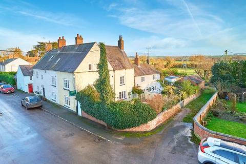 3 bedroom cottage for sale - Main Street, Marston Trussell
