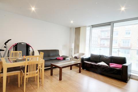 2 bedroom flat to rent - Latitude Court, Albert Basin Way
