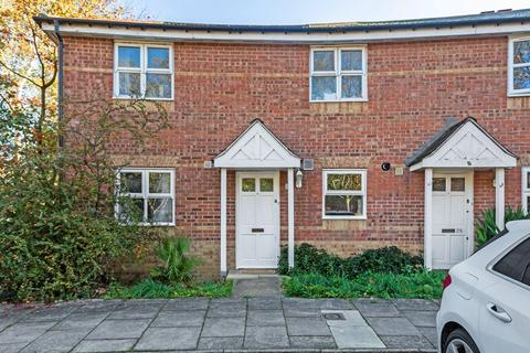 3 bedroom end of terrace house for sale - Stowage, London SE8