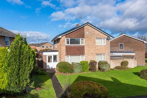 4 bedroom detached house - Kingfisher Road, Chipping Sodbury, Bristol, BS37