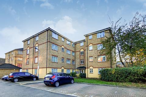2 bedroom flat to rent - Culpepper Close, Edmonton, London, N18