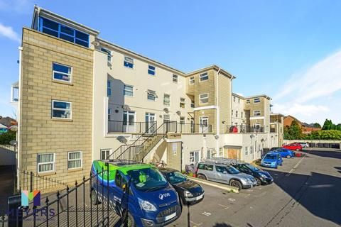 3 bedroom apartment for sale - Ringwood Road, Parkstone, Poole, BH12