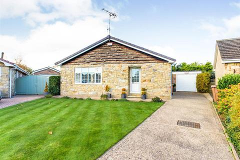 2 bedroom detached bungalow - The Horseshoe, Driffield