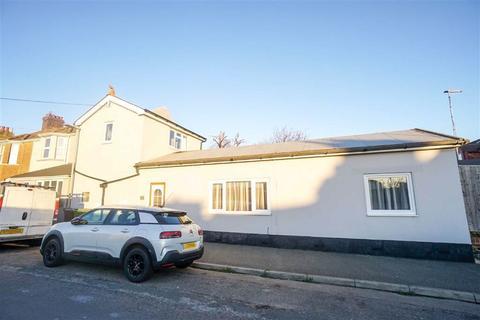 2 bedroom detached house for sale - Oban Road, St. Leonards-on-sea, East Sussex