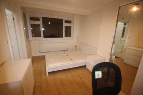 1 bedroom house share - South Lane, London KT3