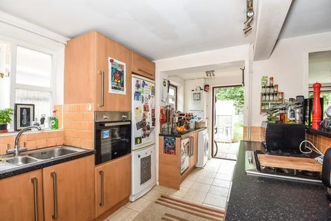 3 bedroom semi-detached house to rent - Temple Road,  Oxford,  OX4