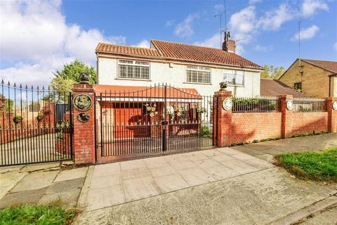 5 bedroom semi-detached house for sale - Broadoak Road, Erith, Kent