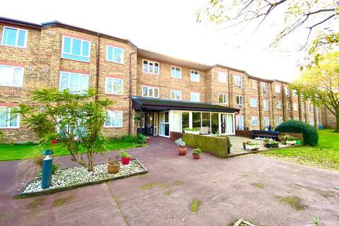 1 bedroom retirement property for sale - Ennerdale Court, Cambridge Road, Wanstead, London